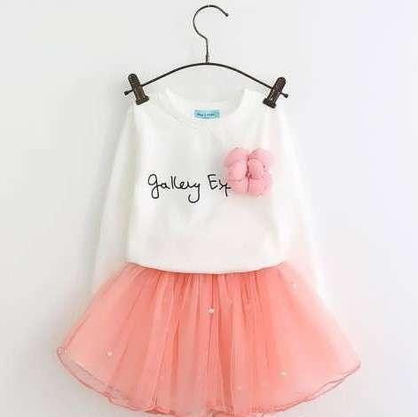لباس دخترانه چه رنگی بخریم؟